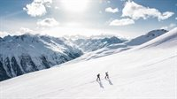 two-man-hiking-on-snow-mountain-869258.jpg
